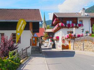 Blick in unser Dorf Virgen mit Bauernladen